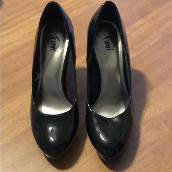 FIONI Clothing Shoes - Black Heels